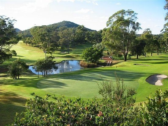 Port Stephens Golf Getaway from $350.00